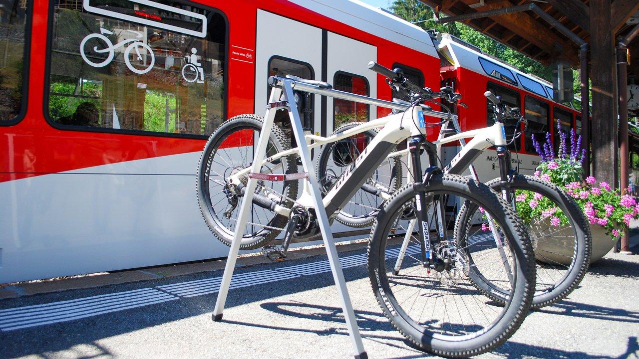 Location e-bikes - Gare des Marécottes