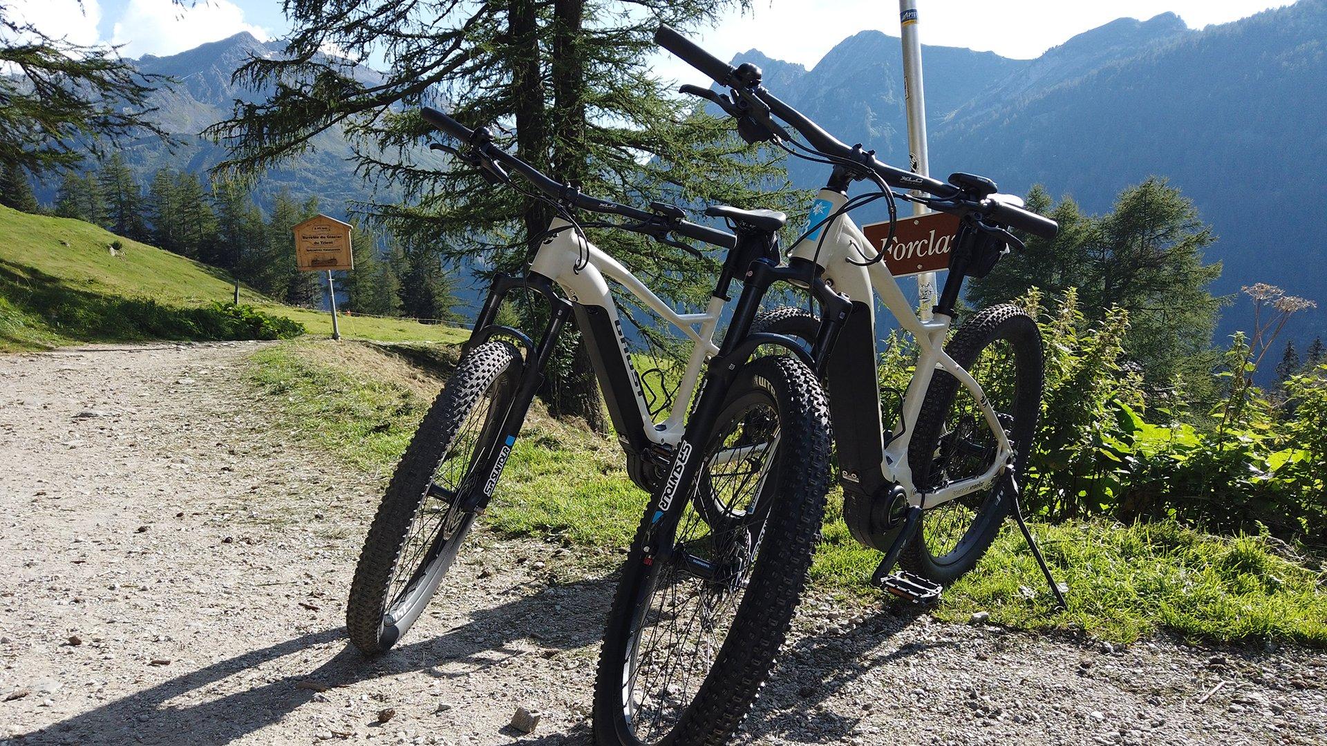 Location e-bikes - Finhaut et Emosson